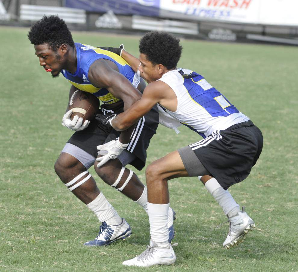 McDonogh 35 reaches semifinals of regional 7-on-7 tournament _lowres