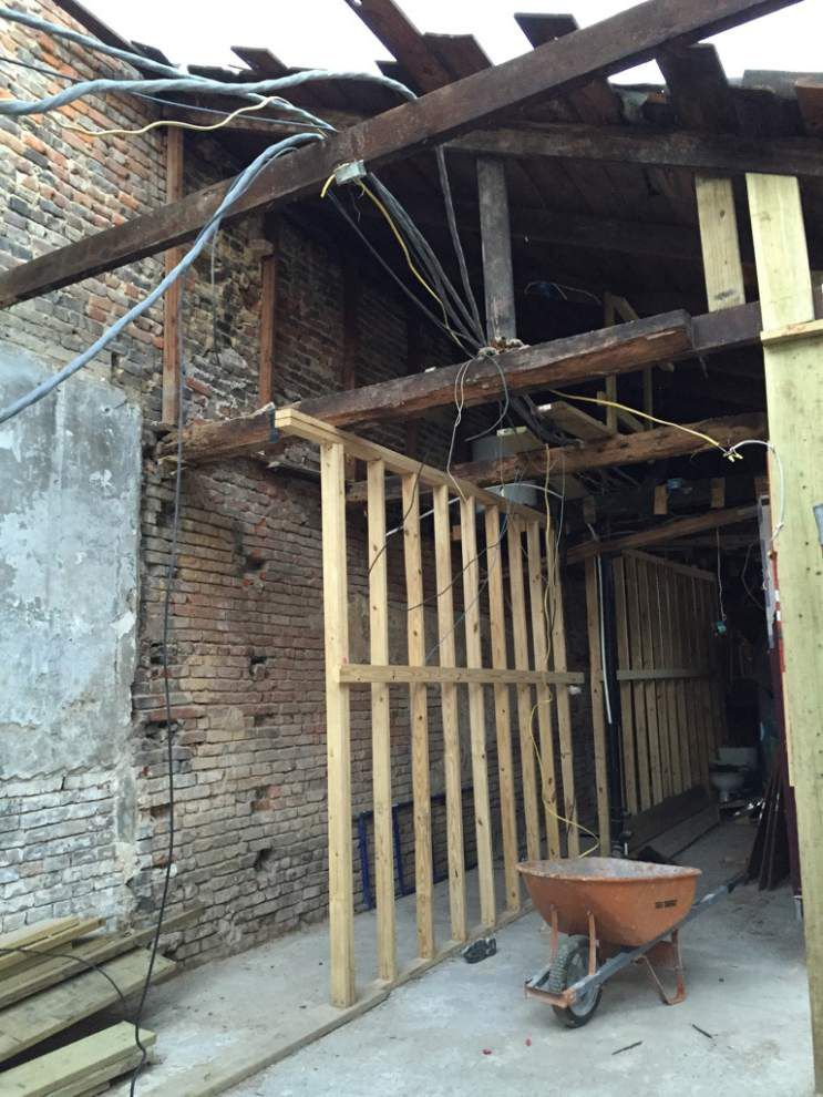 Developer plans to rebuild illegally demolished 200-year-old French Quarter carriage house _lowres