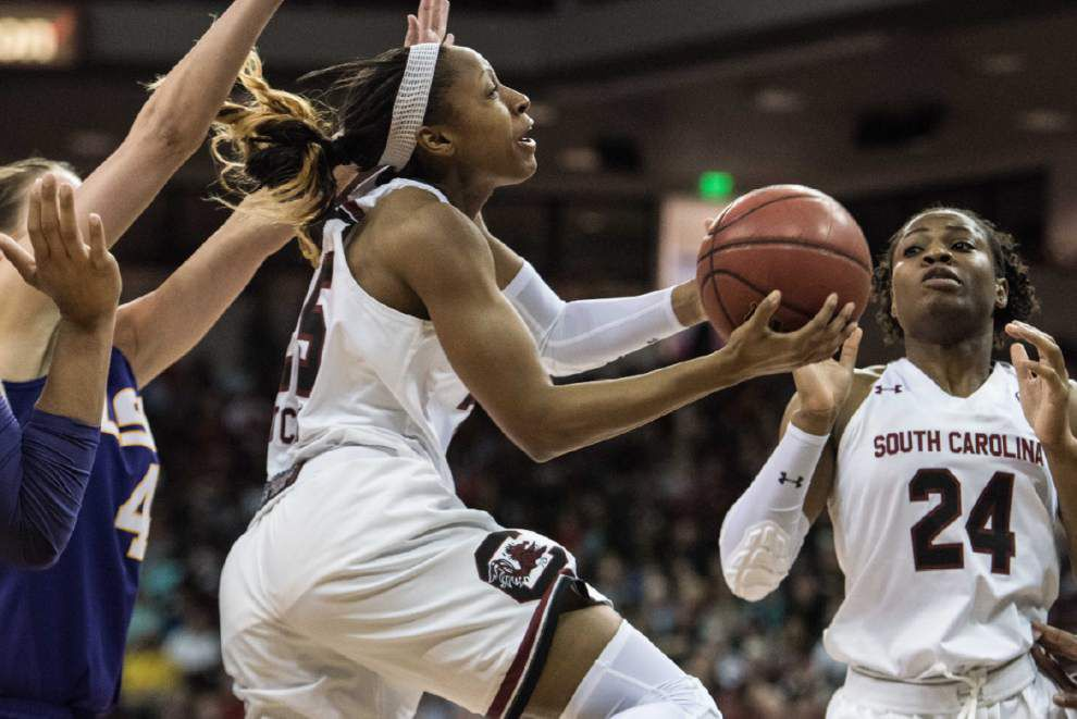 Tiffany Mitchell scores 24 as No. 3 South Carolina soars over Lady Tigers 75-39 _lowres