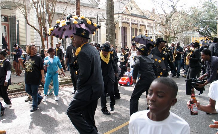 The complete 2014-2015 second line season schedule_lowres