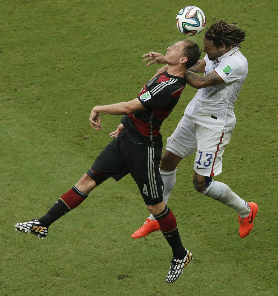 U.S. earns respect and spot in knockout stage despite loss to Germany _lowres