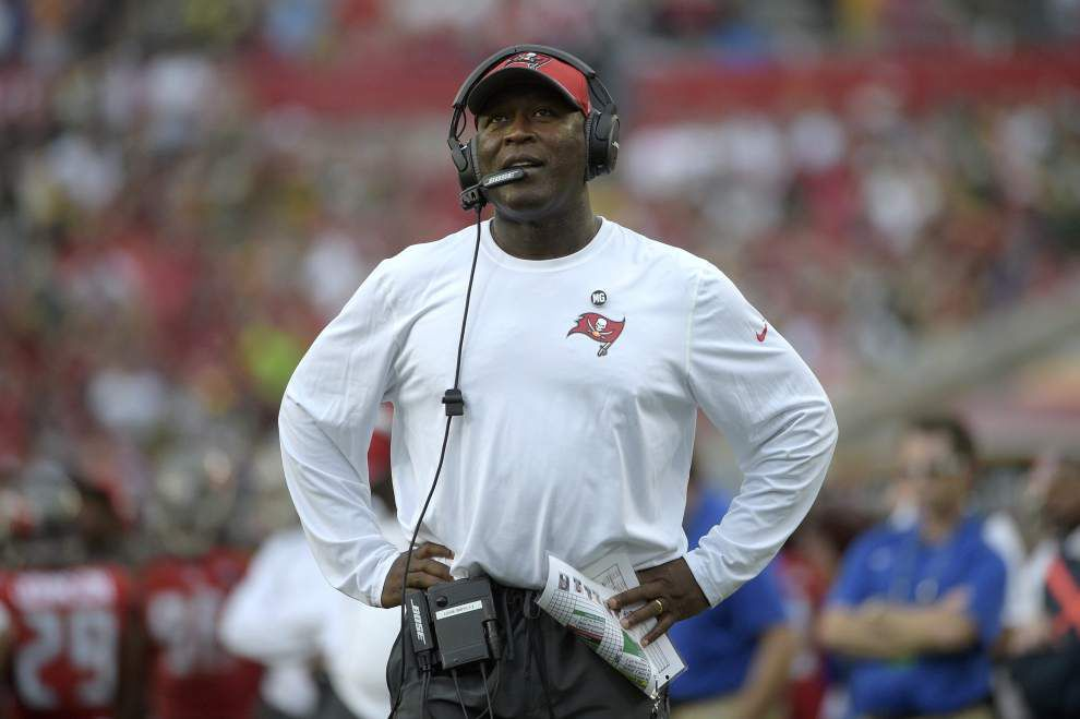 Bucs put focus on one final win, not the No. 1 draft pick _lowres