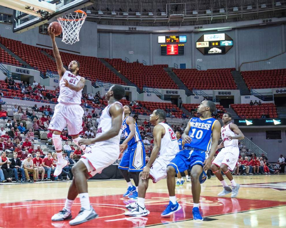 Cajuns cruise past McNeese State to even record at 3-3 _lowres