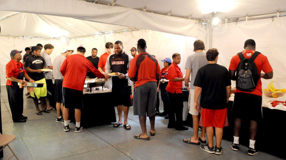 Louisiana-Lafayette's new dining arrangement 'first class' _lowres