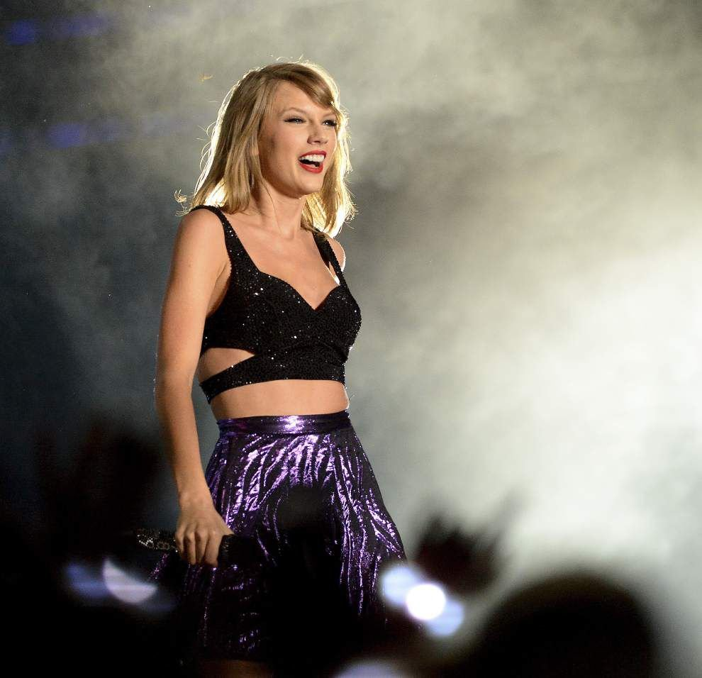 Photos: Taylor Swift dazzles fans in Tiger Stadium for '1989' Baton Rouge tour stop _lowres