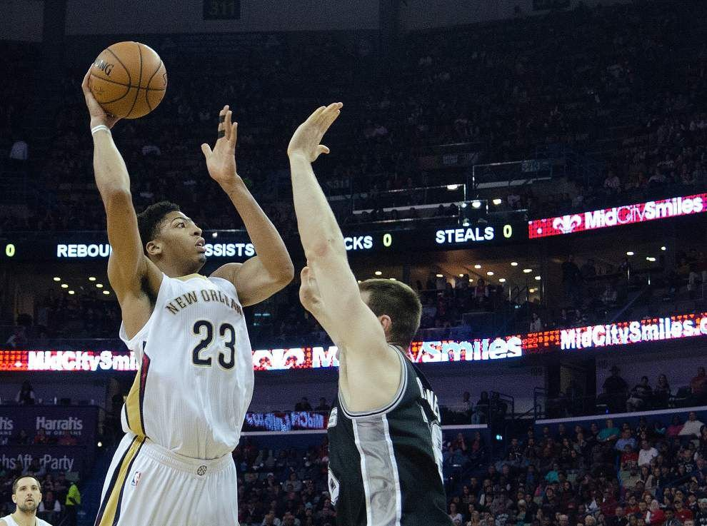 Anthony Davis leads the Pelicans to another win against San Antonio _lowres