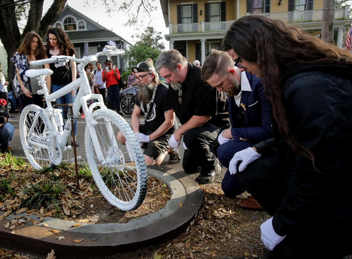 NO.bikeprotest.031019.443.jpg