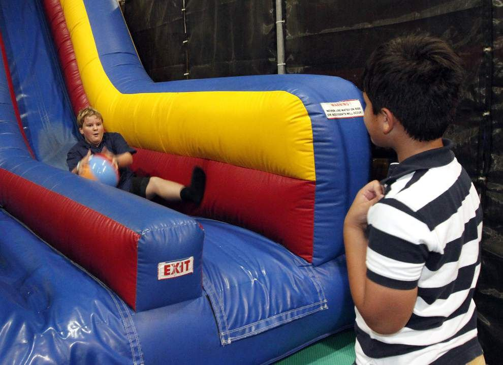 Kids make friends, stretch legs at indoor play spots _lowres