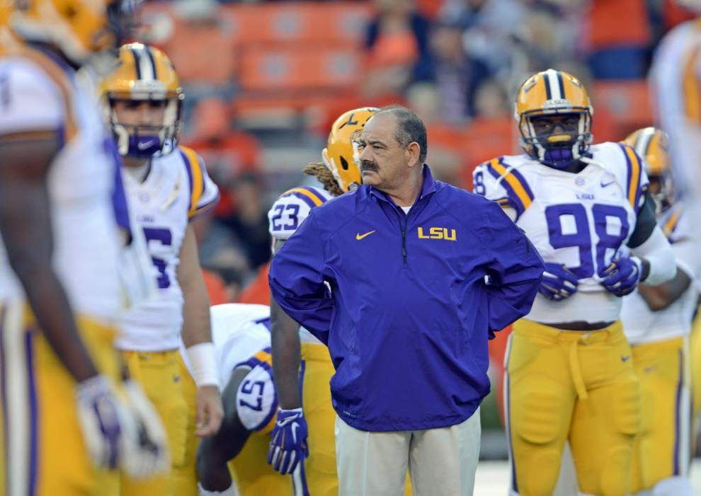 LSU, John Chavis expected to meet in court for hearing on former defensive coordinator's defamation claims _lowres