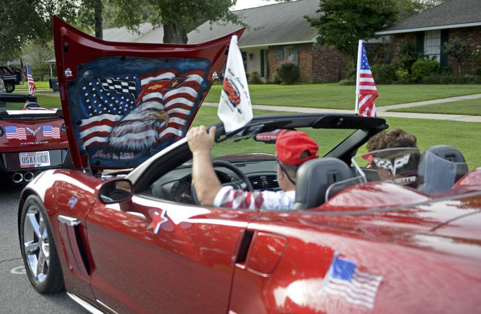 Longtime residents proud to ride in Kenilworth parade _lowres