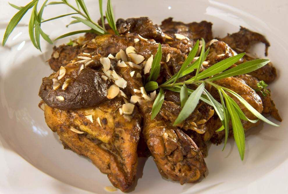 Chicken With Almonds and Prunes _lowres