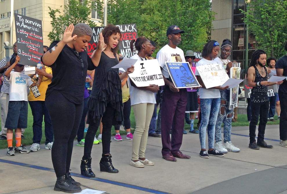About 50 rally in Baton Rouge in solidarity with Baltimore _lowres