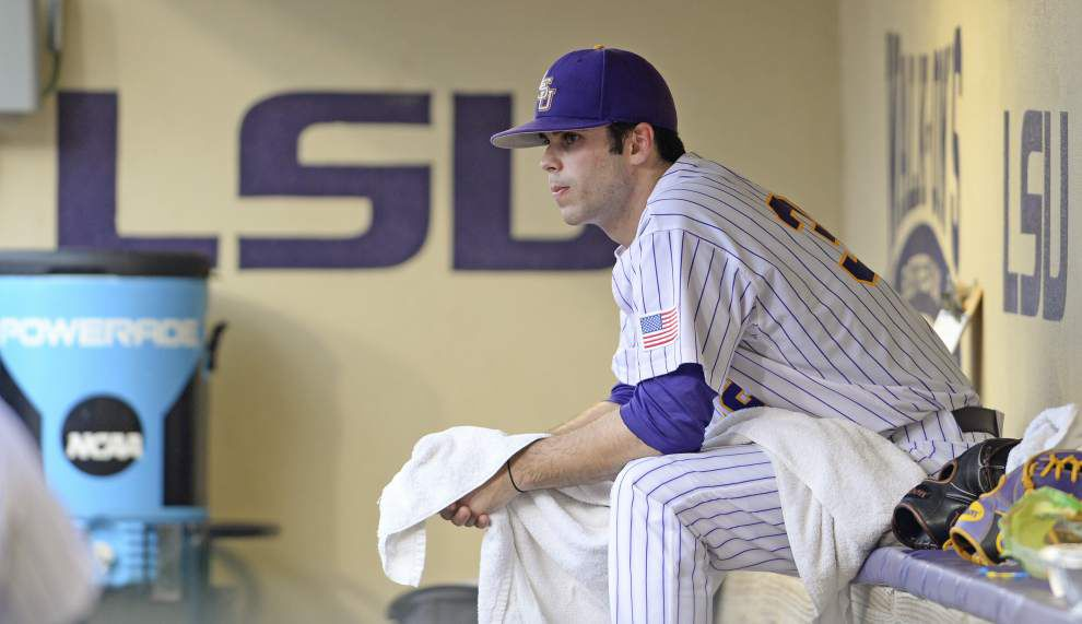 Led by record-chasing Antoine Duplantis and 10 pitchers, LSU defeats UNO 9-4 _lowres
