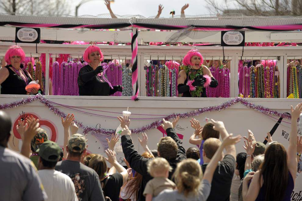 Krewe of Partylons rolls with Spanish Town Parade for 17th year _lowres