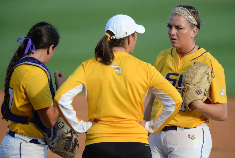 Breaking the slump? LSU softball team goes tries to break loose vs. South Carolina _lowres