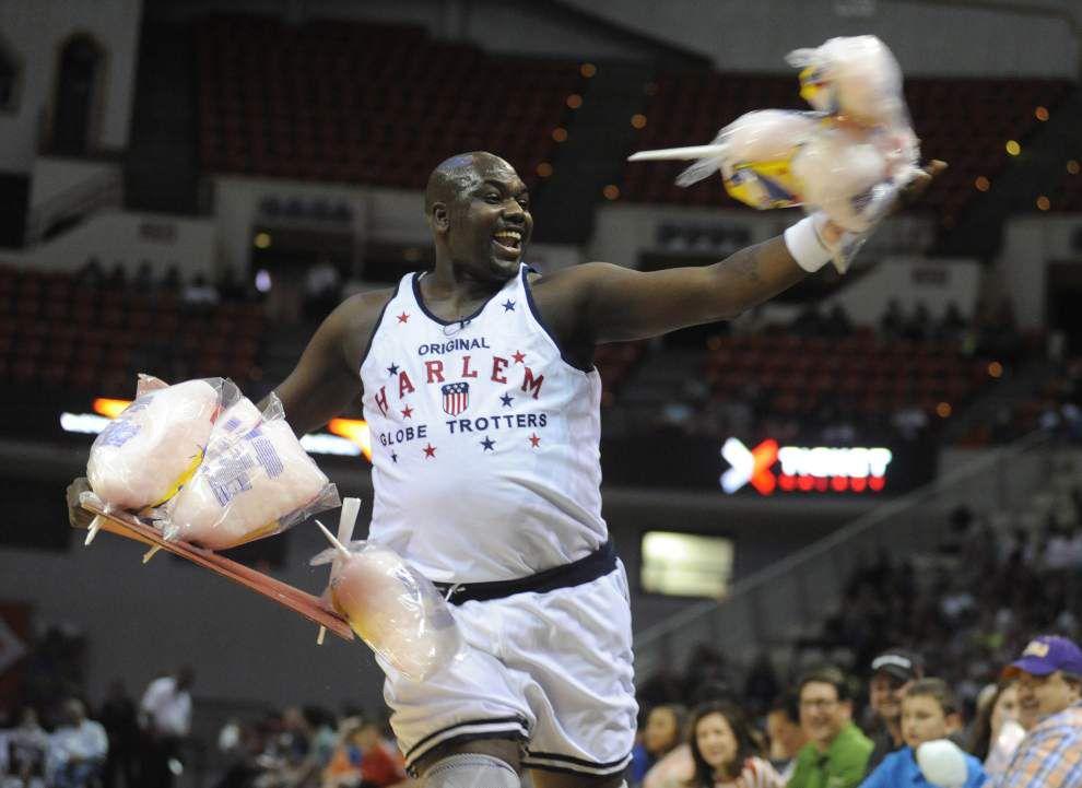 Photos: Harlem Globetrotters wow Cajundome crowd _lowres