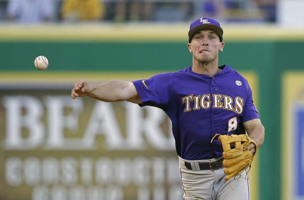 OMAHA BOUND: LSU rolls to 6-3 win over Louisiana-Lafayette to claim Baton Rouge super regional title and advance to the CWS _lowres