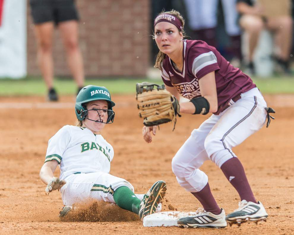 Lafayette regional softball: Baylor tops Mississippi State 8-4 _lowres