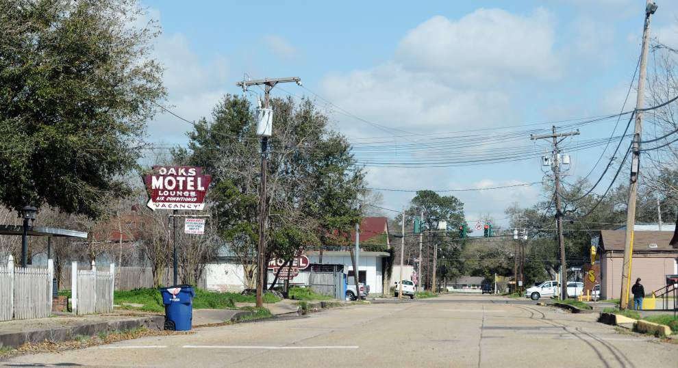 New bicycle route to join north, south Opelousas, give riders a scenic view through the historic city _lowres