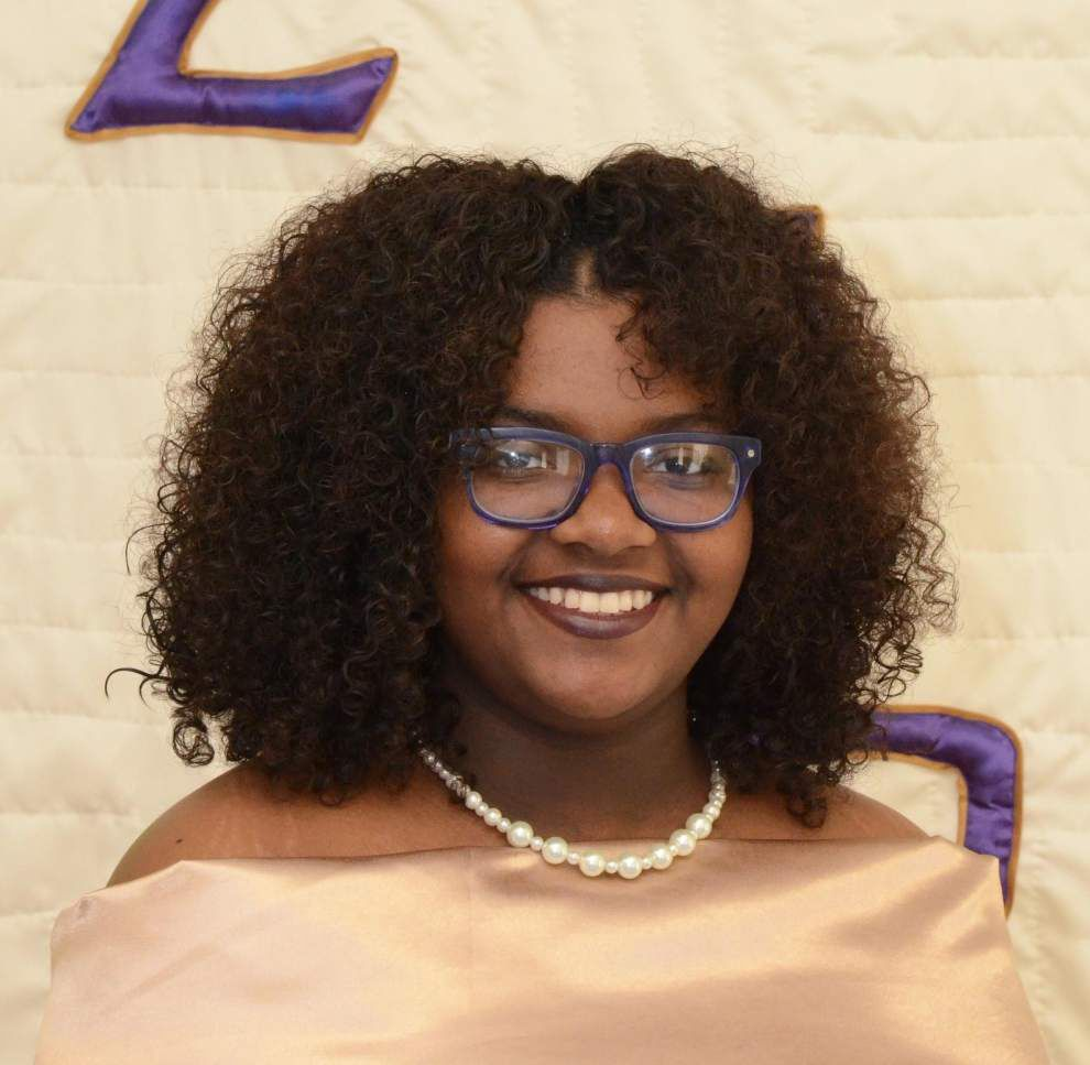 Mu Sigma debutantes to be presented at tea _lowres