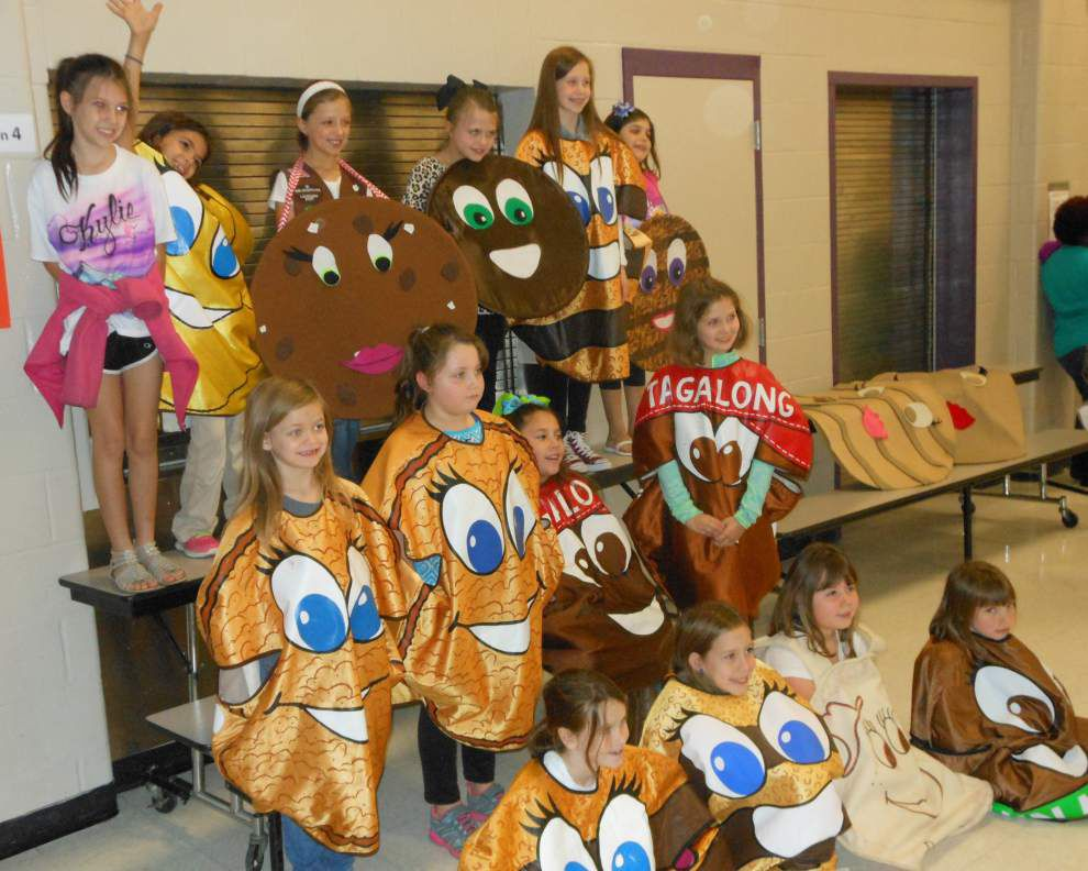 Girl Scouts prepare for cookie season _lowres