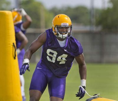 A few minutes with LSU freshman defensive end Isaiah Washington _lowres