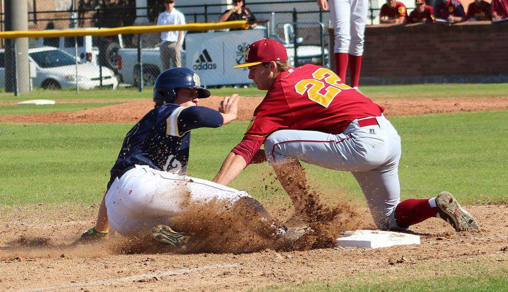 Holy Cross shows no mercy against Brother Martin, stays perfect in Catholic League play _lowres