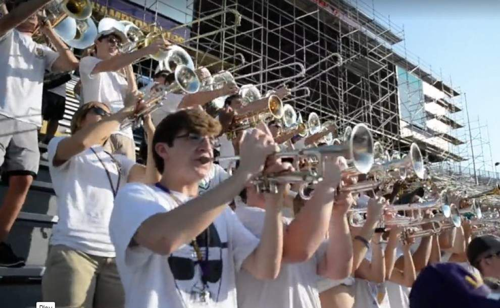 Video: Tiger Band Stadium Parade _lowres