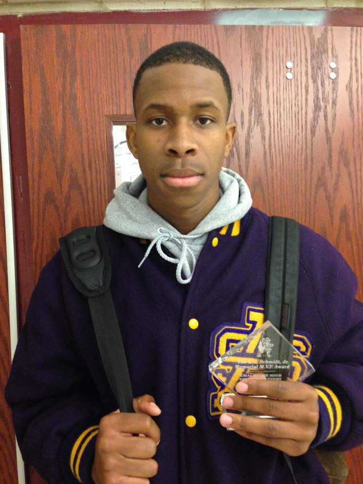 Charles Brown leads St. Aug past Jesuit _lowres