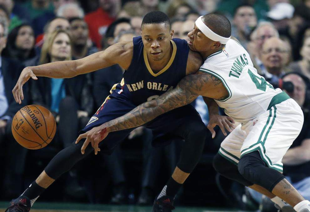 Celtics fight off Pelicans late for 104-97 win _lowres