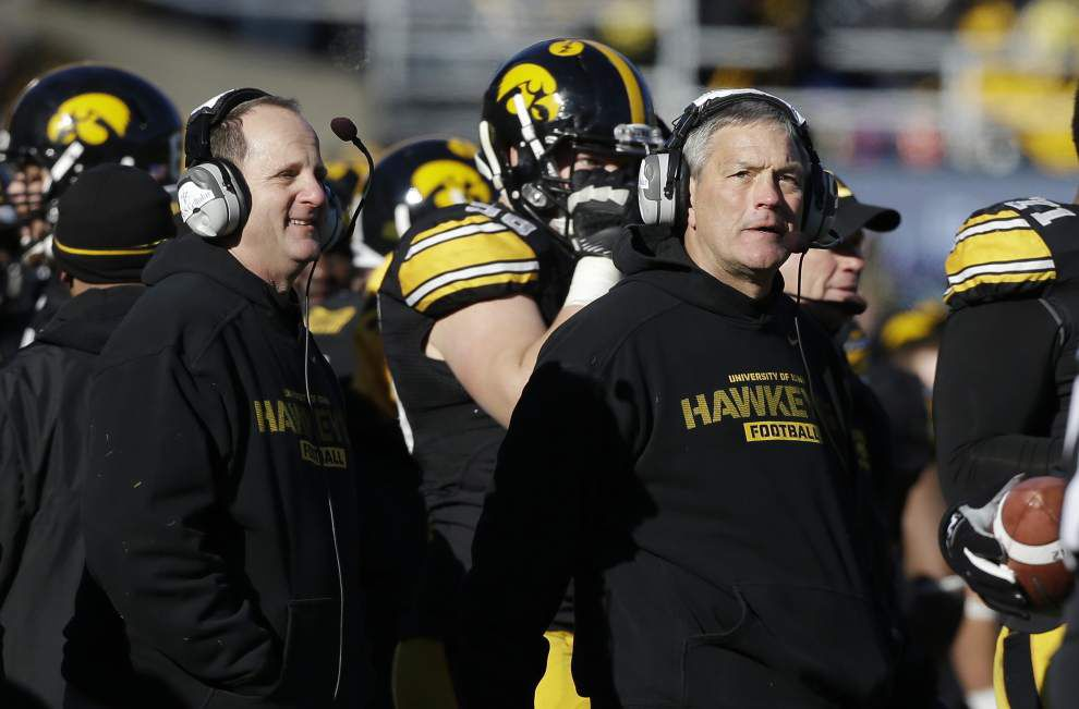 Video study helps Iowa defense improve _lowres