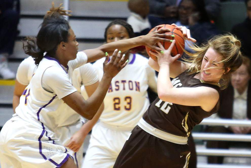 Mount Carmel uses big second half to beat Warren Easton in Sugar Bowl Prep Classic platinum title game _lowres