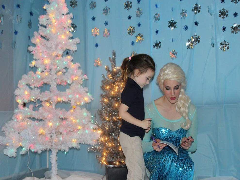 Galilee Baptist students enjoy 'Frozen' fun at Family Literacy Night _lowres