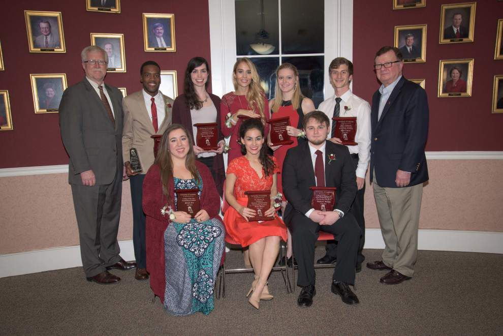 8 named outstanding graduates _lowres