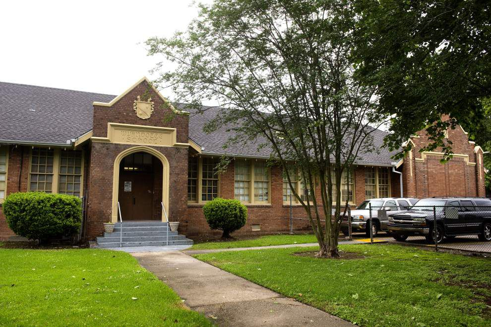 East Baton Rouge School Board agrees to merge 5 academies, holds off on recommendation to demolish 90-year-old school building _lowres