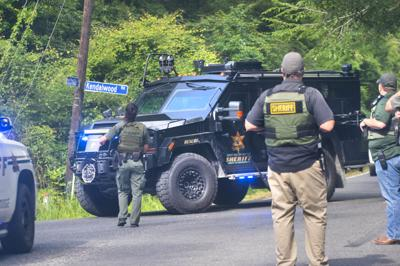 BR.deputyshootingsearch.051820 TS 115.jpg