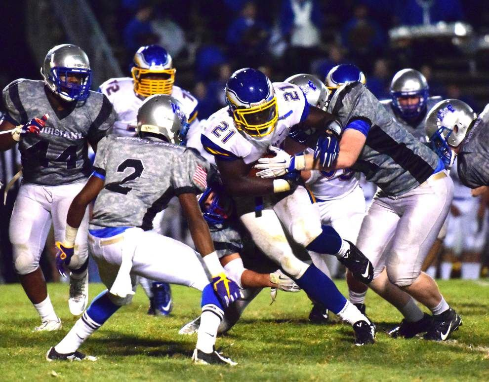 Eagles fall to Saints 28-27 in St. Francisville _lowres