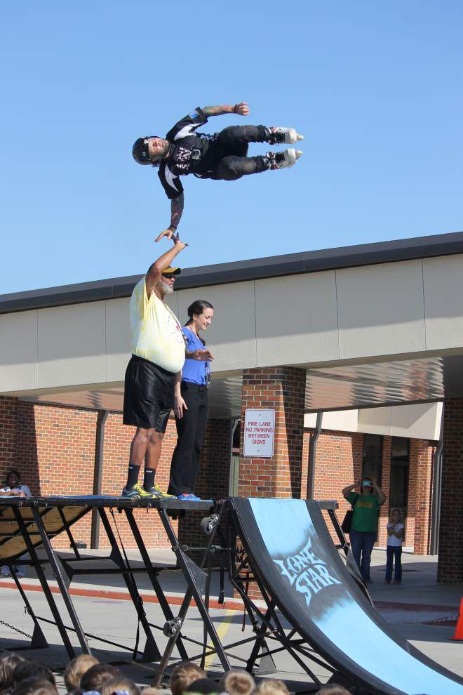 Lone Star BMX team rewards fundraising students with show _lowres