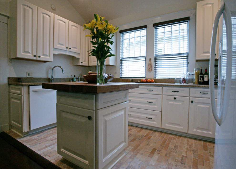 Roomy shotgun in Garden District a blank canvas for savvy owner _lowres
