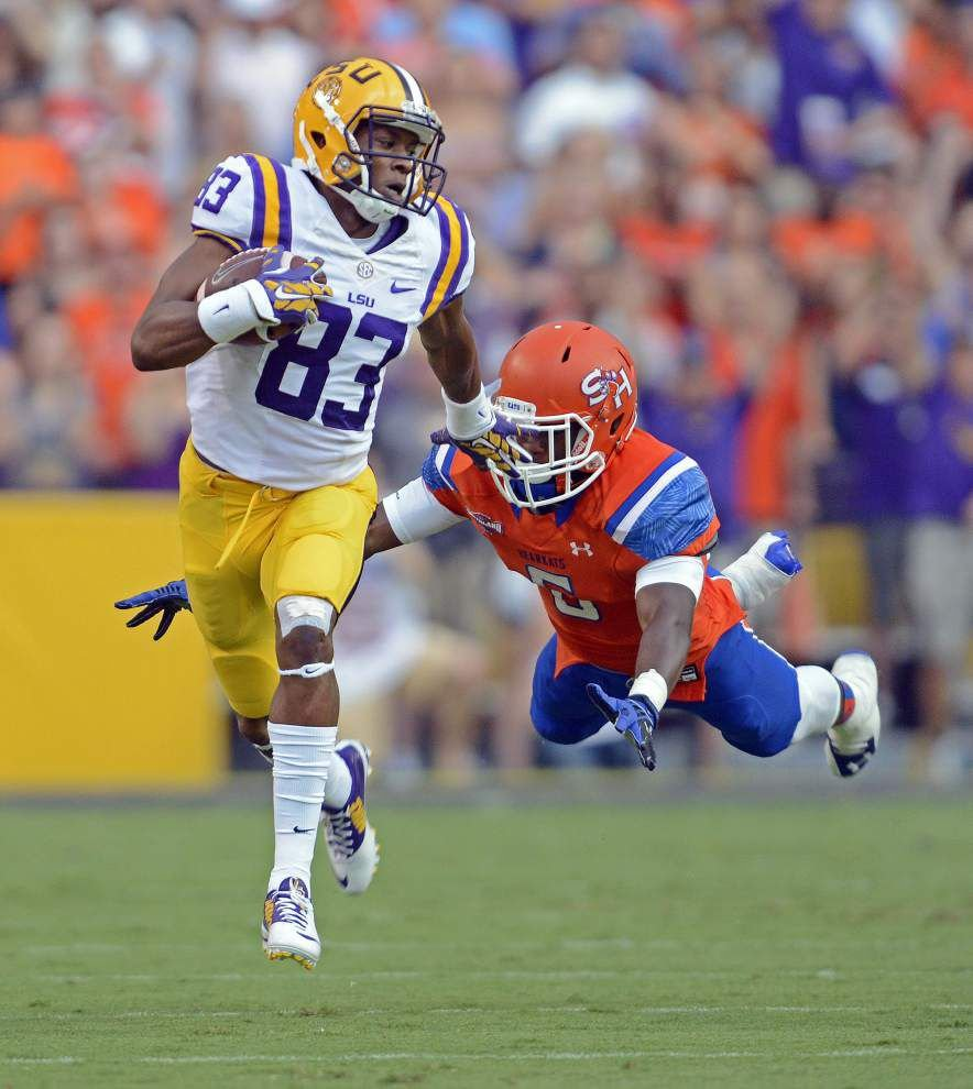 LSU notebook: Travin Dural gets injured in crash, still expected to play _lowres
