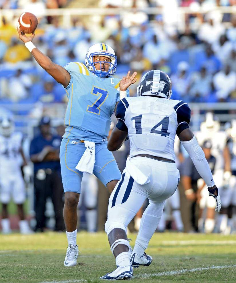 Austin Howard's career day sends Southern to 50-31 victory over Jackson State _lowres