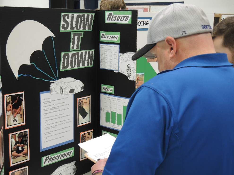 Top projects qualify for regional science fair _lowres