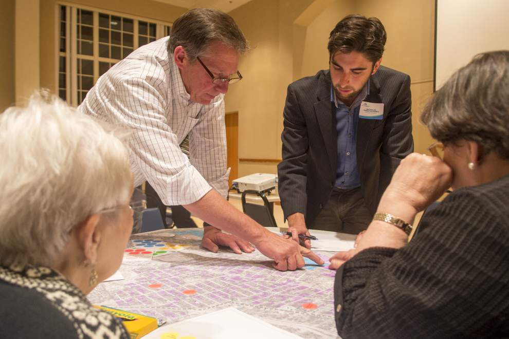 Dreaming big: Neighbors pitch ideas for development along proposed Nicholson Drive tram route _lowres