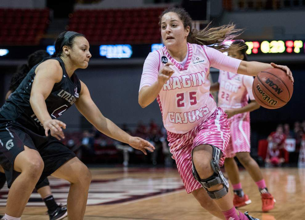 Little Rock goes with big lineup to defeat Cajuns women _lowres