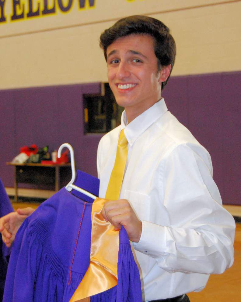 DSHS scholarship winners honored _lowres