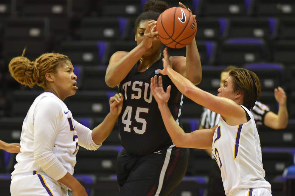 LSU waltzes past Texas Southern in 86-36 rout _lowres
