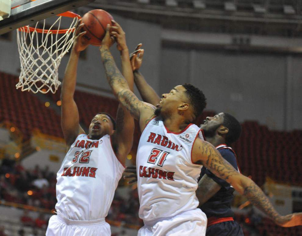 With a three-game winning streak in hand, hot-shooting Cajuns men welcome Troy on Saturday night _lowres