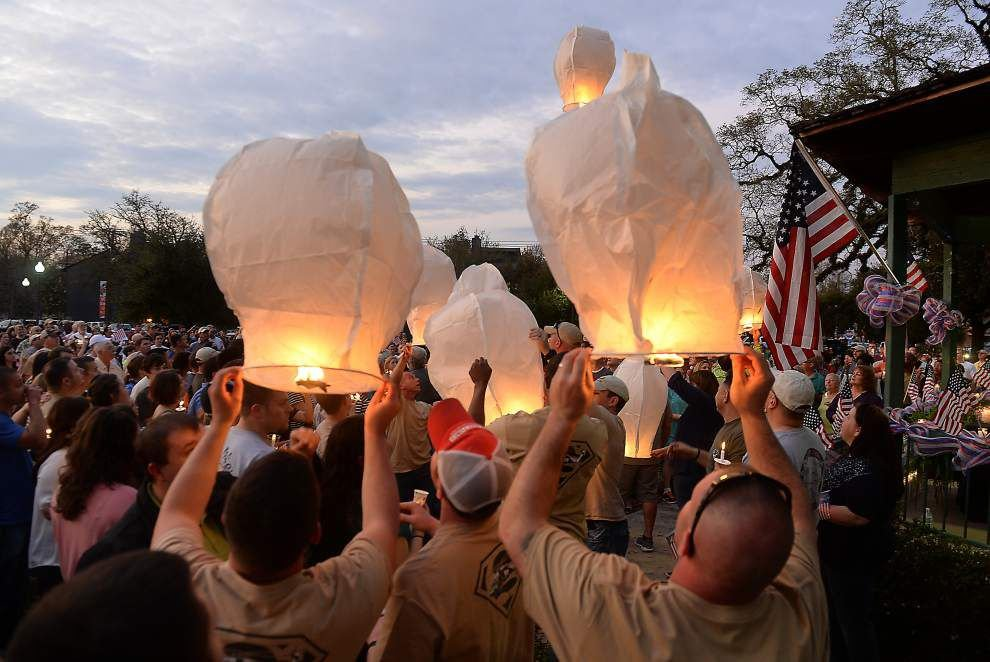 Helicopter crash accident hits Hammond community hard; 1,000 turn out to honor victims _lowres