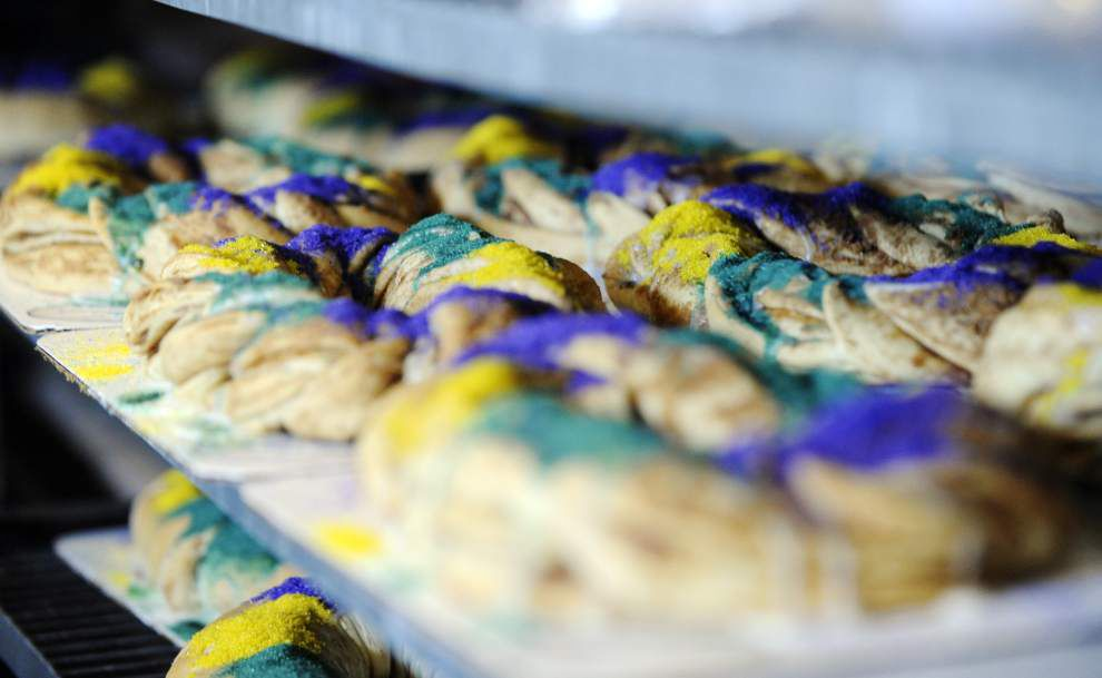 Photos: Great Harvest Bread king cakes give-away _lowres