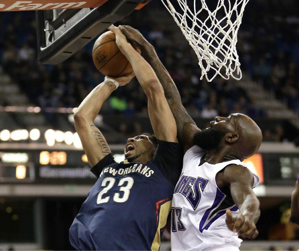 Anthony Davis returns, Pelicans snap skid with win over Sacramento Kings _lowres